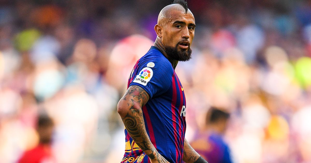 Arturo Vidal vows to return to Barcelona and win a place