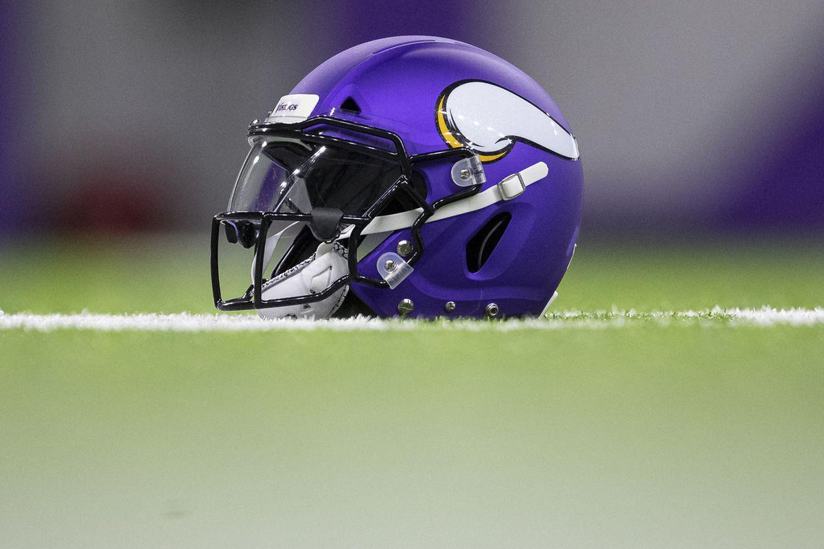 online store 153ad 7e620 Vikings tweak helmet color to better match jerseys - Daily ...