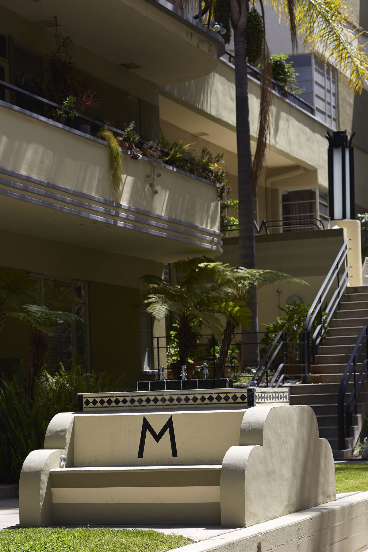 13 glamorous apartments from Hollywood\'s Golden Age - Curbed LA