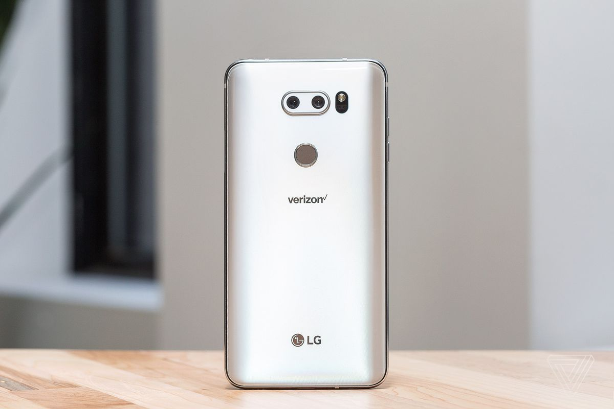Lg V30 Review Groundbreaking Phone With A Deal Breaking Flaw