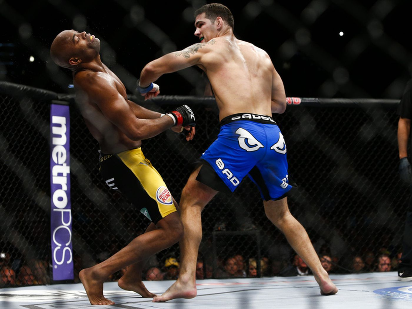 2013 Knockout of the Year: Chris Weidman stuns Anderson Silva at UFC 162 - MMA Fighting