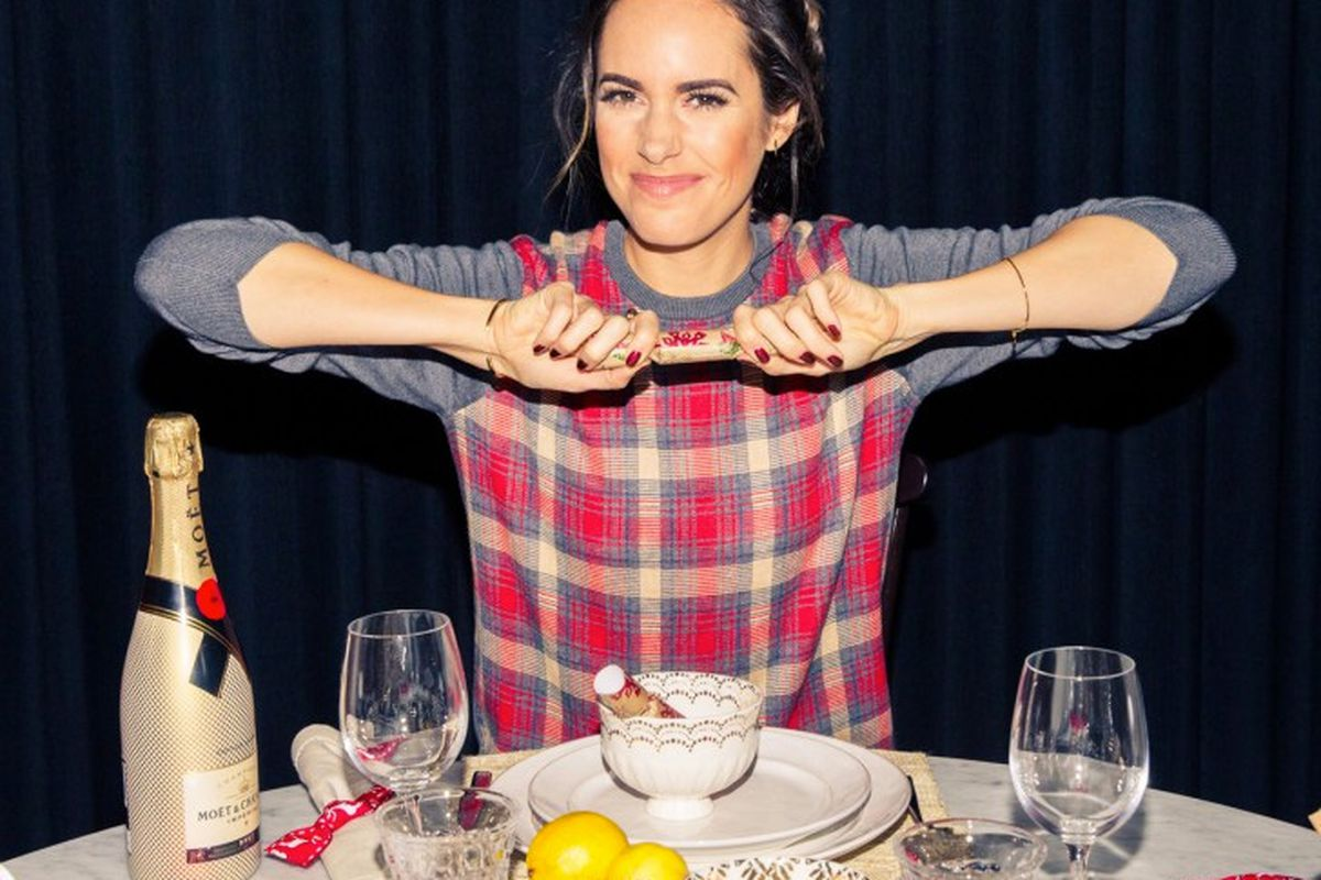"""Image <a href=""""http://www.thecoveteur.com/louise-roe-holidays/"""">via&gt;</a>"""