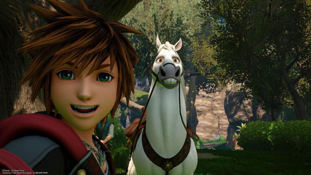 Sora posing with Maximus the horse in KH3.