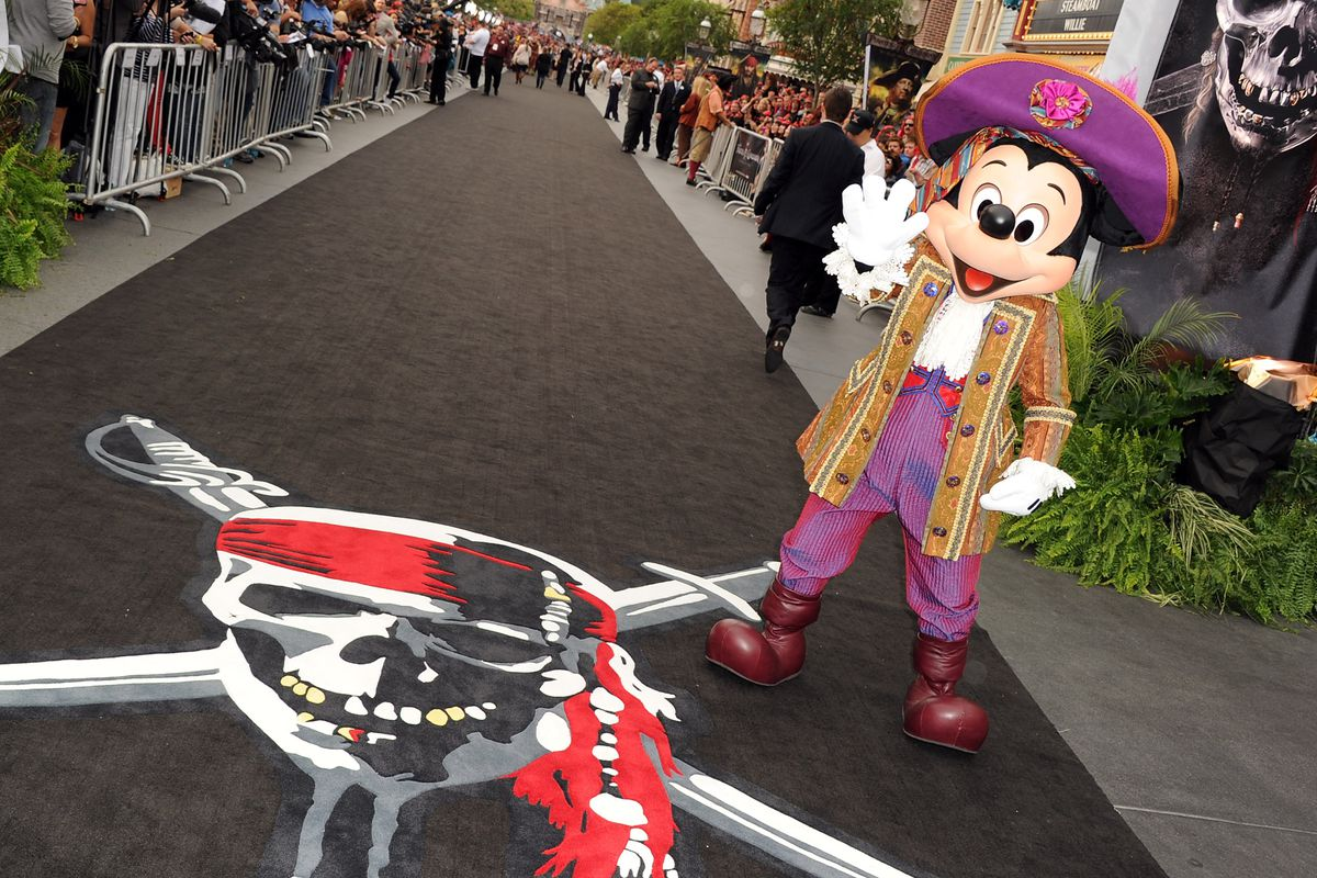 The controversy over Disney blacklisting the LA Times, explained - Vox