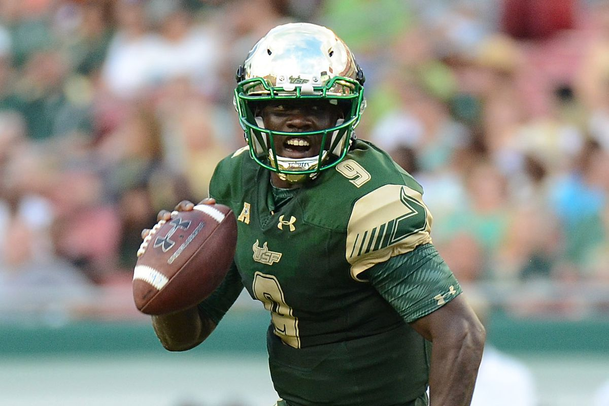 USF Sophomore Quarterback Quentin Flowers finished with 201 yards and 3 TDs rushing against SMU Saturday.