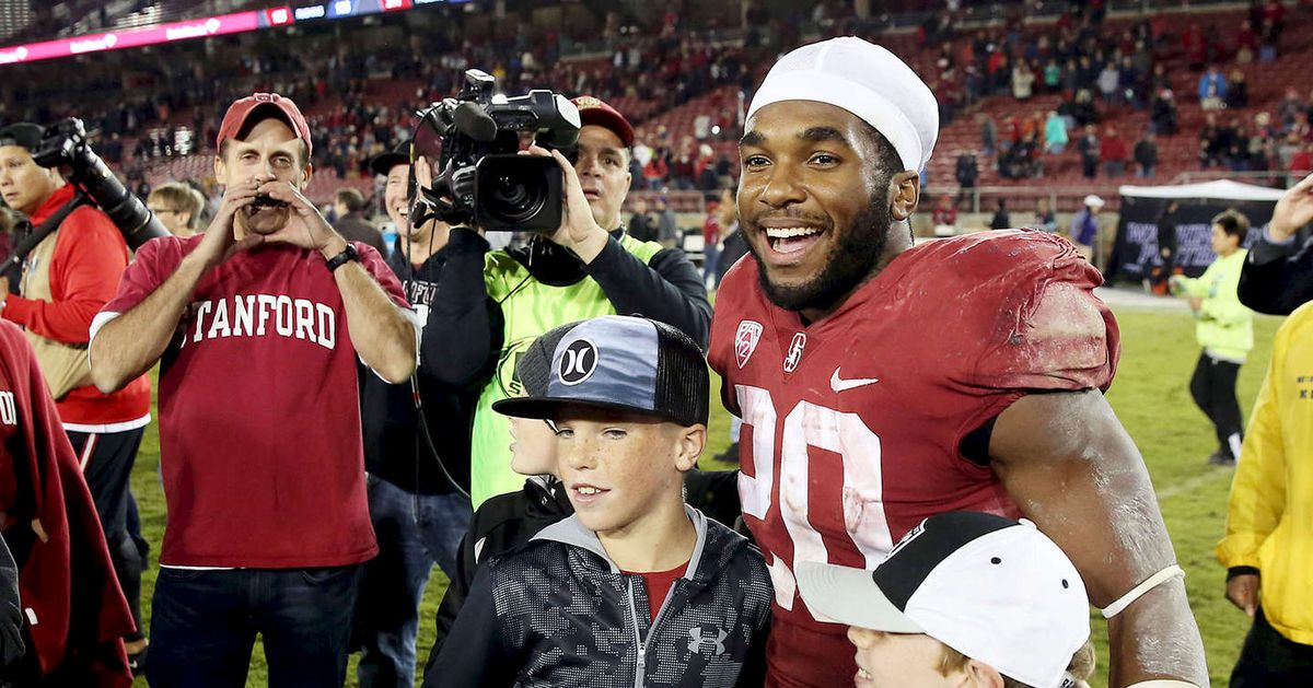 Stanford_football_ms2_7032_1