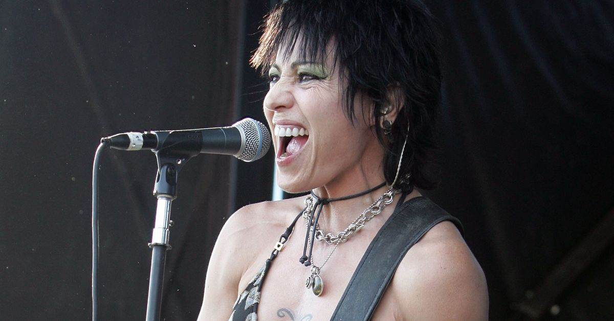 Joan Jett will play Ronda Rousey's entrance song live at