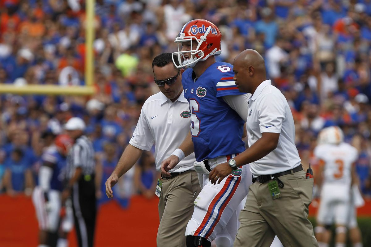 Florida's starting quarterback Jeff Driskel went down yesterday with an injury that will end his season.