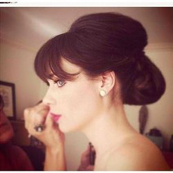 """""""Thanks @mararoszak and @jorjeegirl for the awesome hair and make up tonight!""""-Zooey Deschanel"""