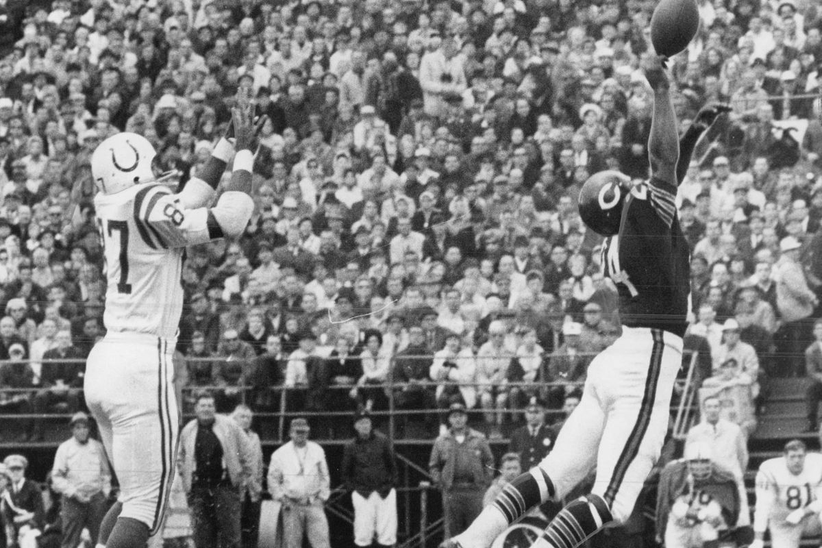 Bears safety Roosevelt Taylor, right, died Friday.