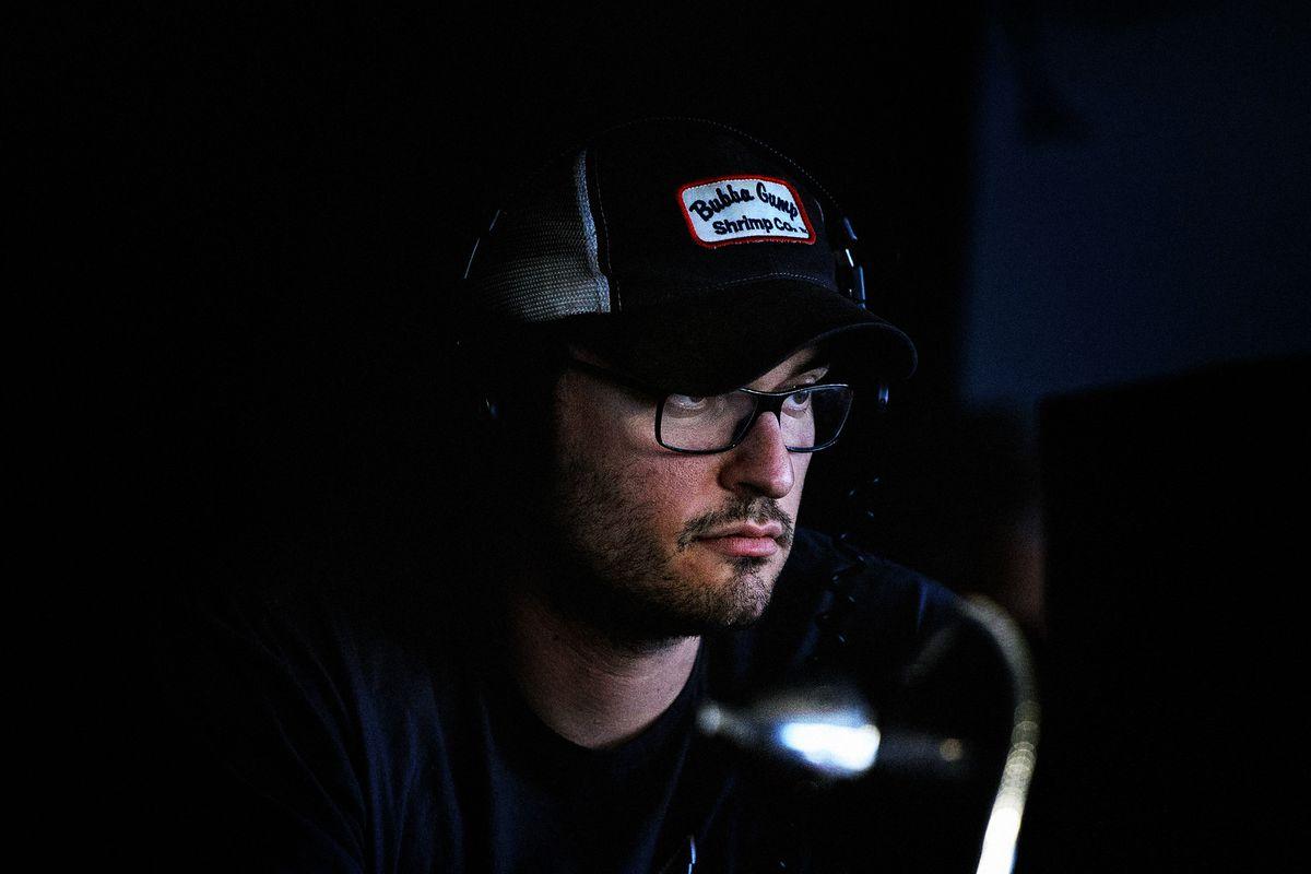 director Josh Trank on set wearing a Bubba Gump shrimp hat