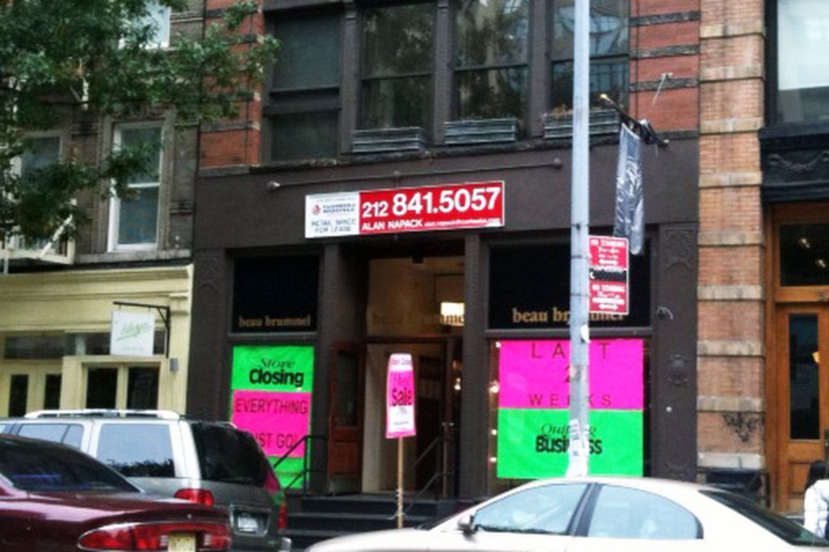 Beau Brummel loudly goes out of business on West Broadway