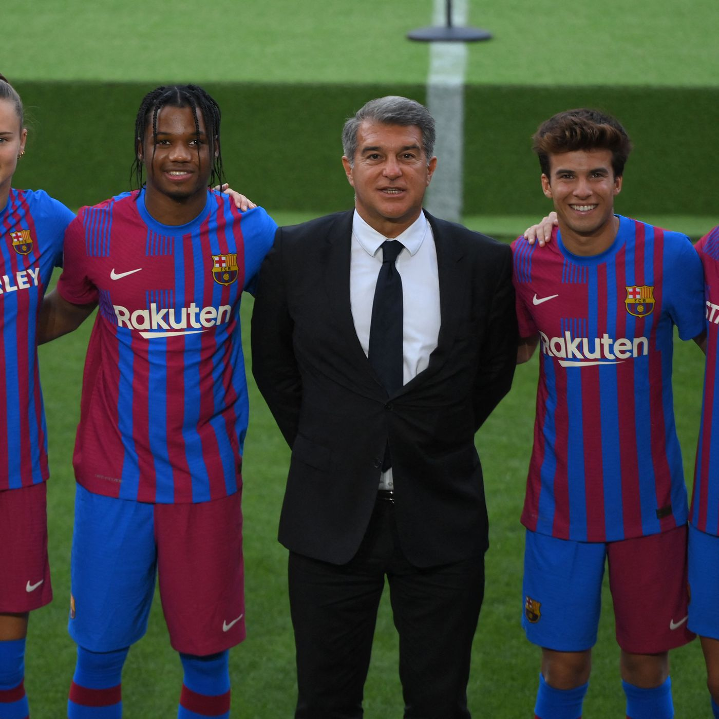 Barcelona Launch New 2021 22 Home Kit Barca Blaugranes