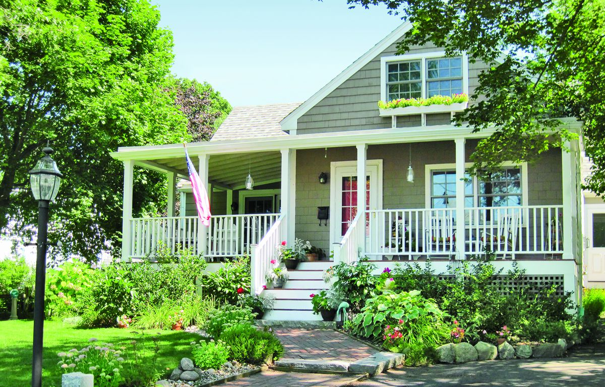 Curb Appeal After: 1940s Cape Cod In Rockport, Massachusetts