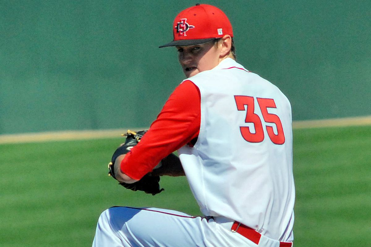 Michael Cederoth closes first game victory at New Mexico