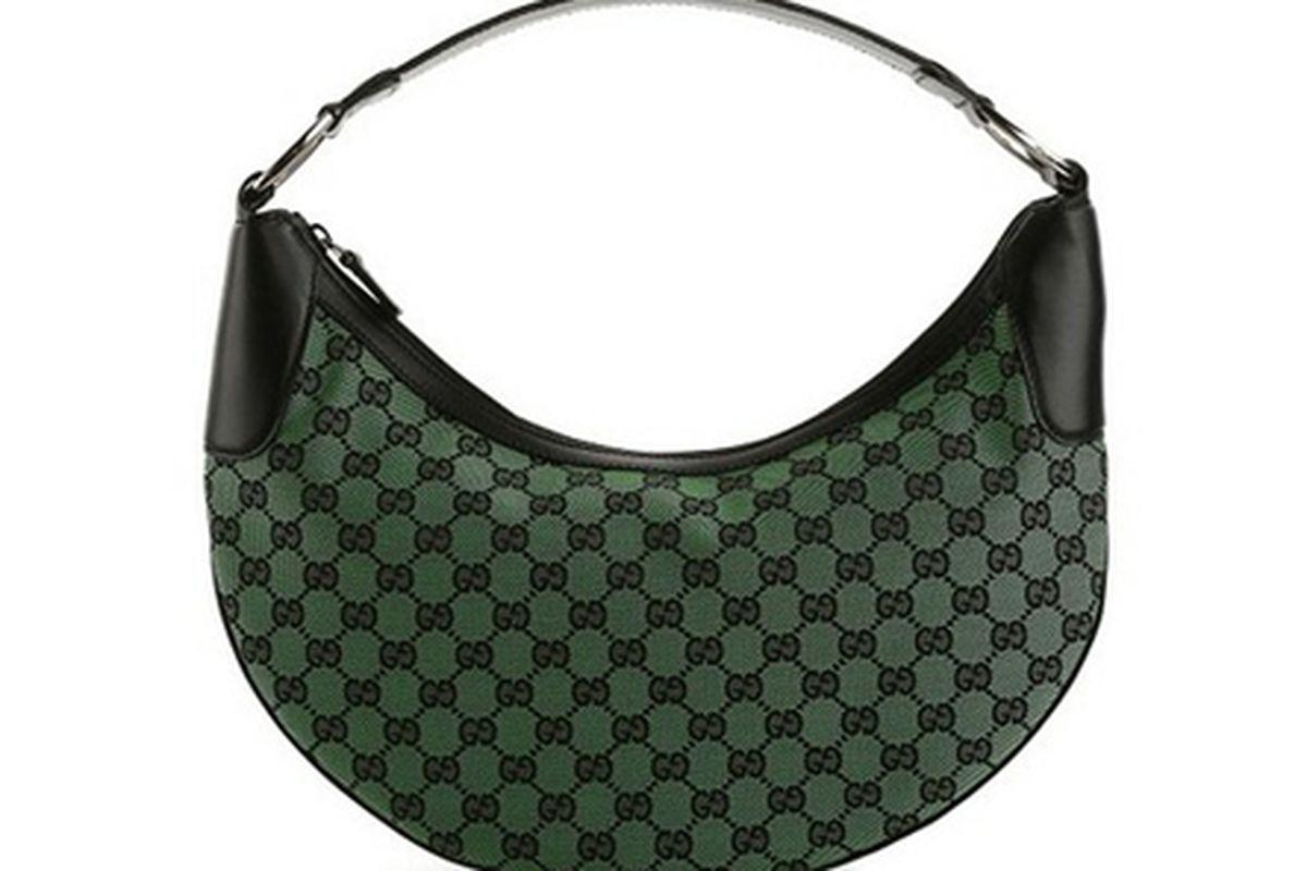 "Gucci bag via <a href=""http://www.dsw.com/handbag/gucci+signature+fabric+hobo?prodId=272757&amp;activeCats=dsw10cat130006,dsw12cat1290029,dsw12cat1550005#"">Luxe810.com</a>"