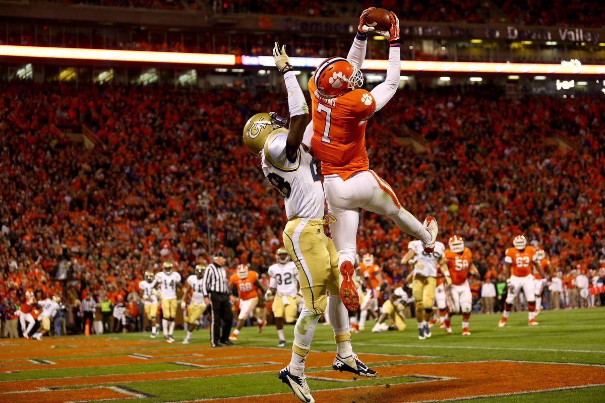 Mike Williams will be counted on to make big plays for the Clemson offense.
