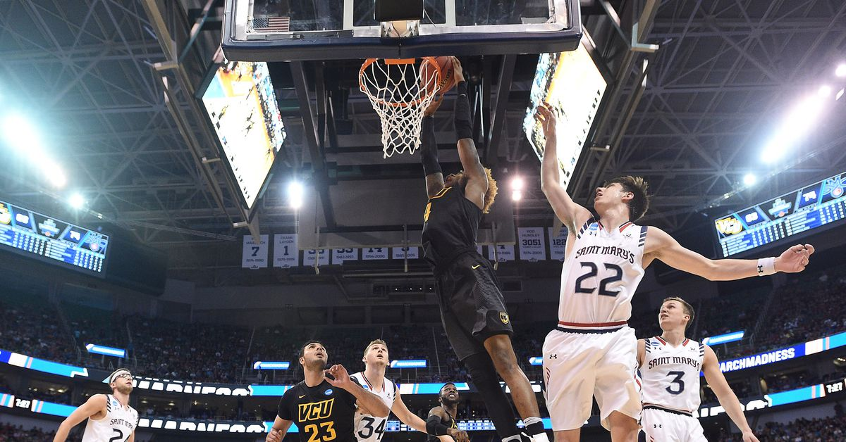 Facebook will livestream 47 college basketball games for free this season