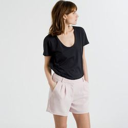 """<b>Caitlin Petreycik, <a href=""""http://racked.com"""">Racked New York</a> features writer:</b> I've had good luck with <b>Everlane's</b> <a href=""""https://www.everlane.com/collections/womens-tees"""">tees</a>. They're $15, the sleeves are a non-awkward length, an"""