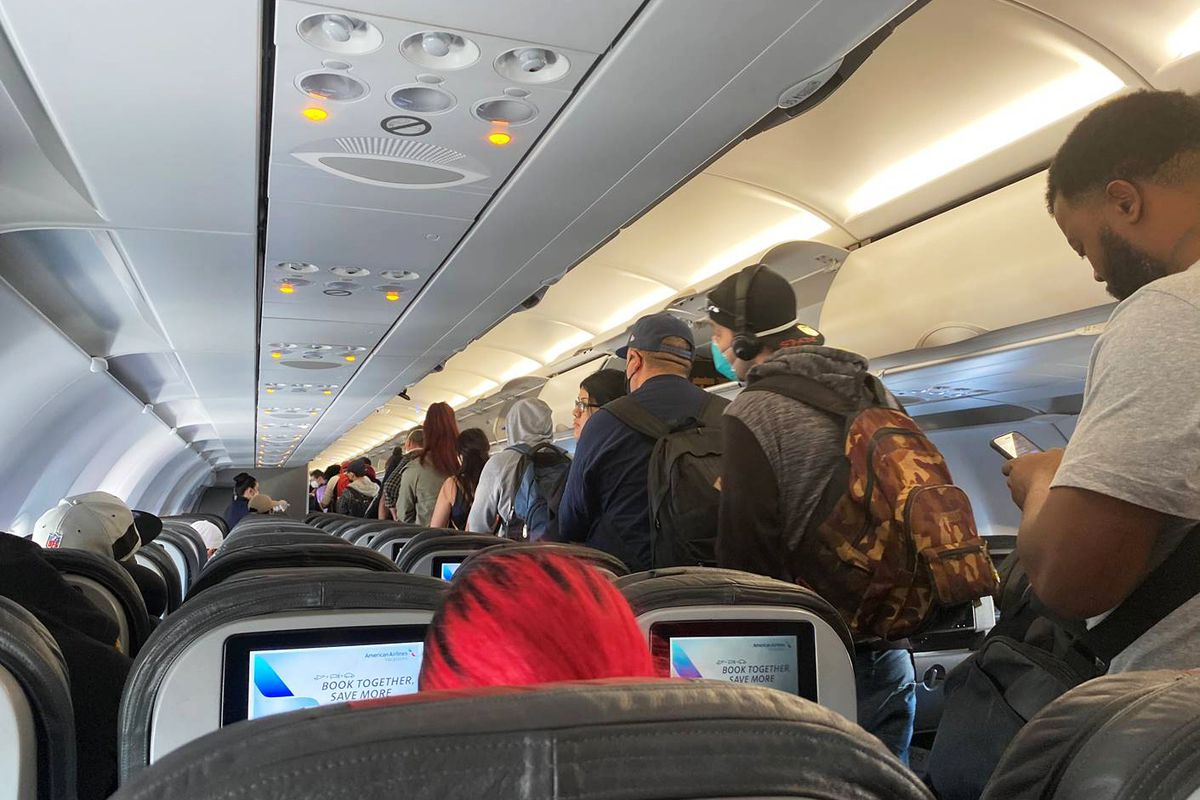 frontier airlines allows flyers to buy middle seat during covid 19 outbreak deseret news middle seat during covid 19