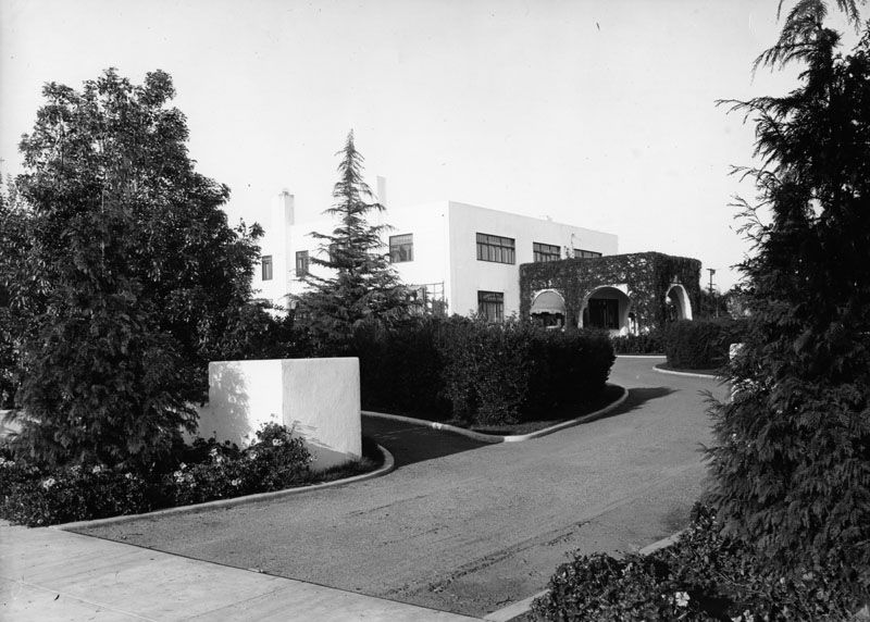 Black and white photo of the Dodge House