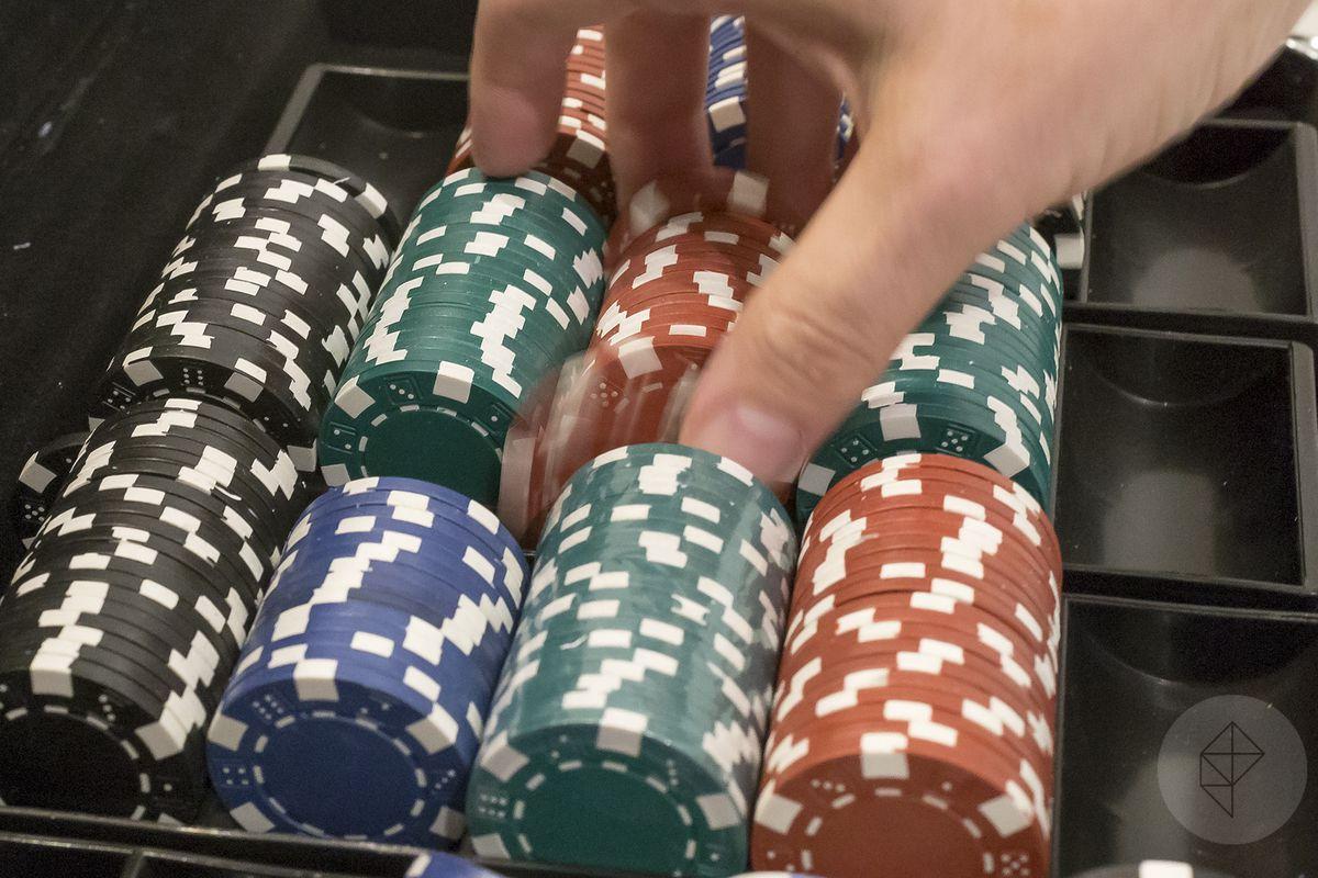 играть в покер видео обучение