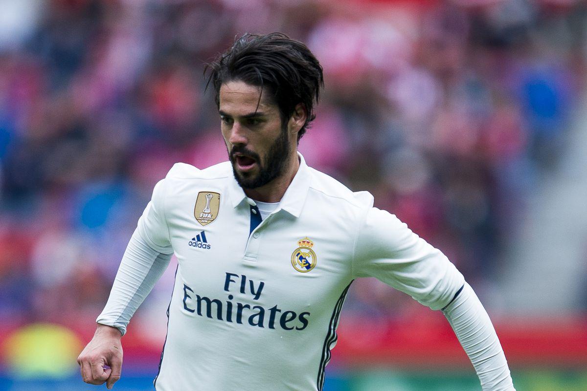 Real Sporting de Gijon v Real Madrid CF - La Liga
