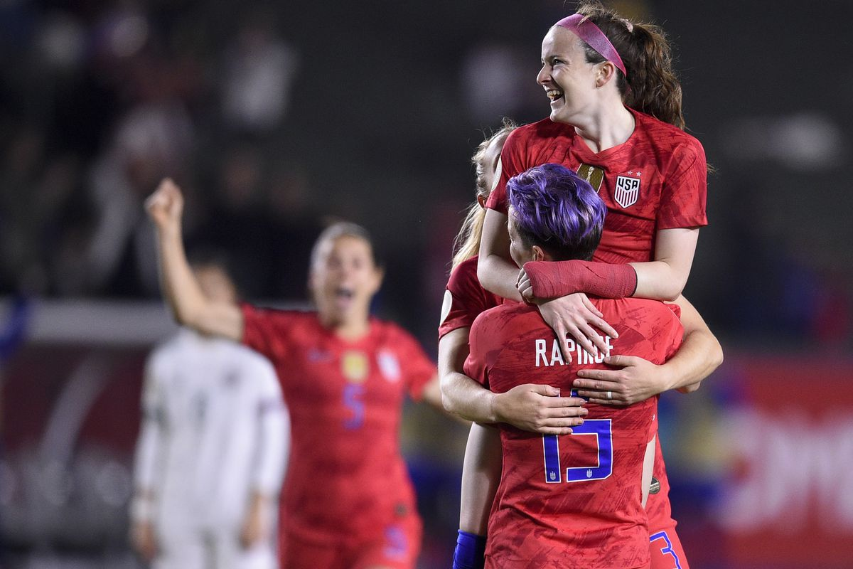 Soccer: CONCACAF Women's Olympic Qualifying-Mexico at USA