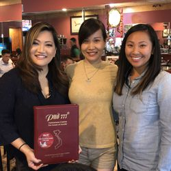 Ji Suk Yi at 777 Pho with owner Jennifer Nguyen and Tuyet Ngo from the Vietnamese Association of Illinois. | Brian Rich/ Sun-Times