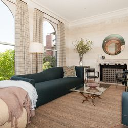 The living room was decorated by Heather Hilliard and Fleur Keyes of Heather Hilliard Design.