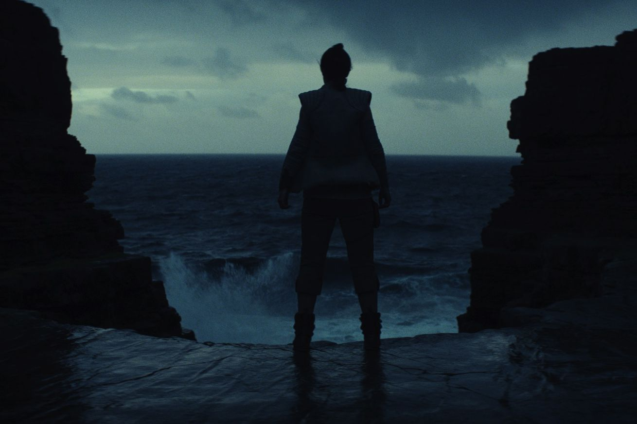 Everything we learned about The Last Jedi from EW's feature story