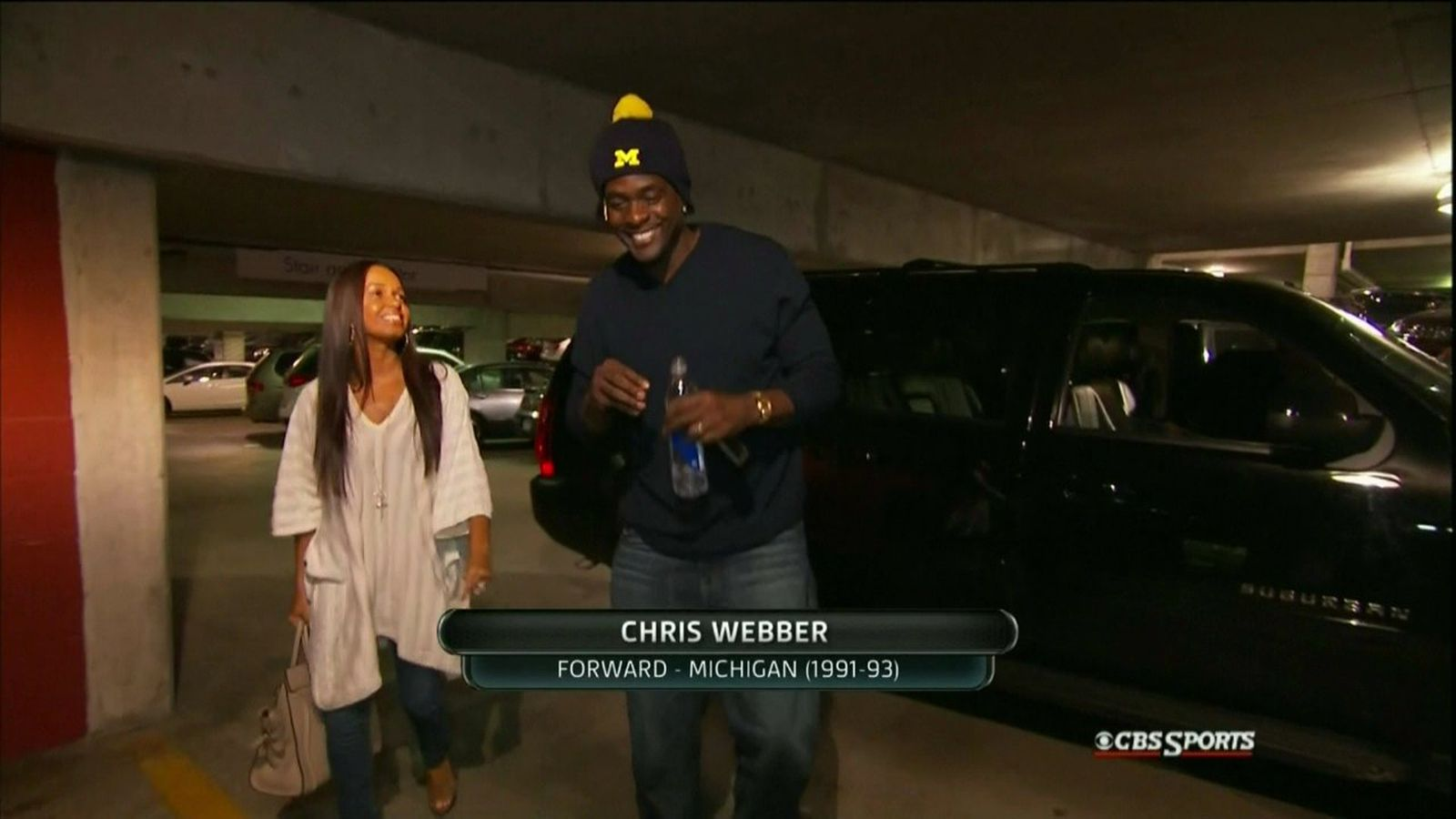 Michigan vs. Louisville: Chris Webber shows up to National ...