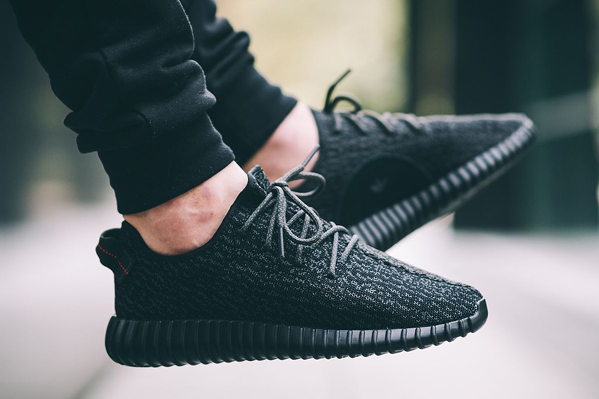 newest 868dd 6266a Yeezy 350 Boosts Will Briefly Reappear in New York City on Saturday
