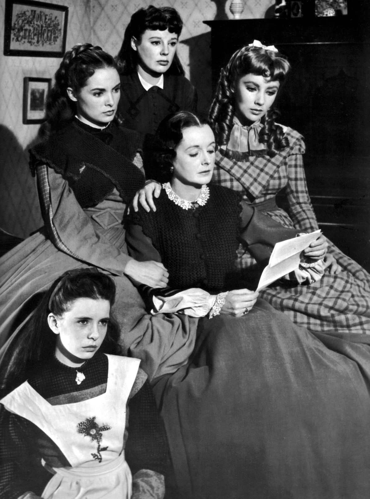 The March sisters gather around Marmee in 1949's Little Women