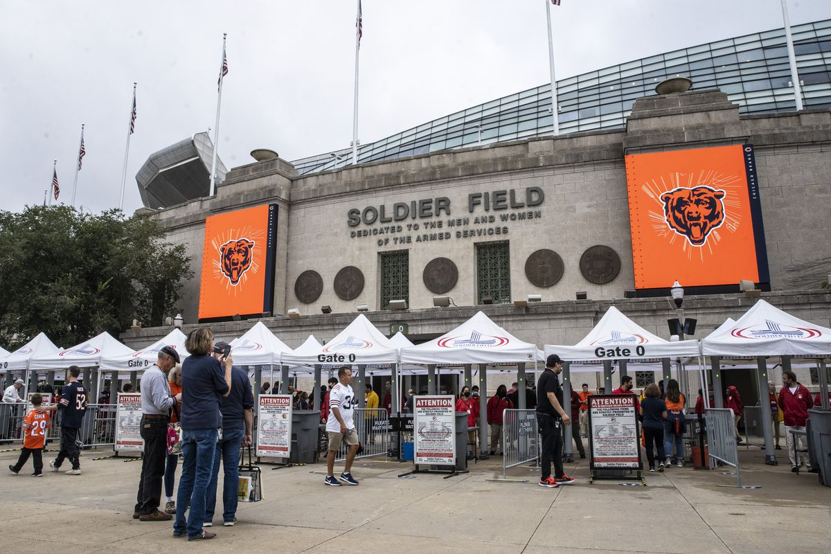 Thousands flock to Soldier Field before the Chicago Bears take on the Detroit Lions, Sunday, Oct. 3, 2021.
