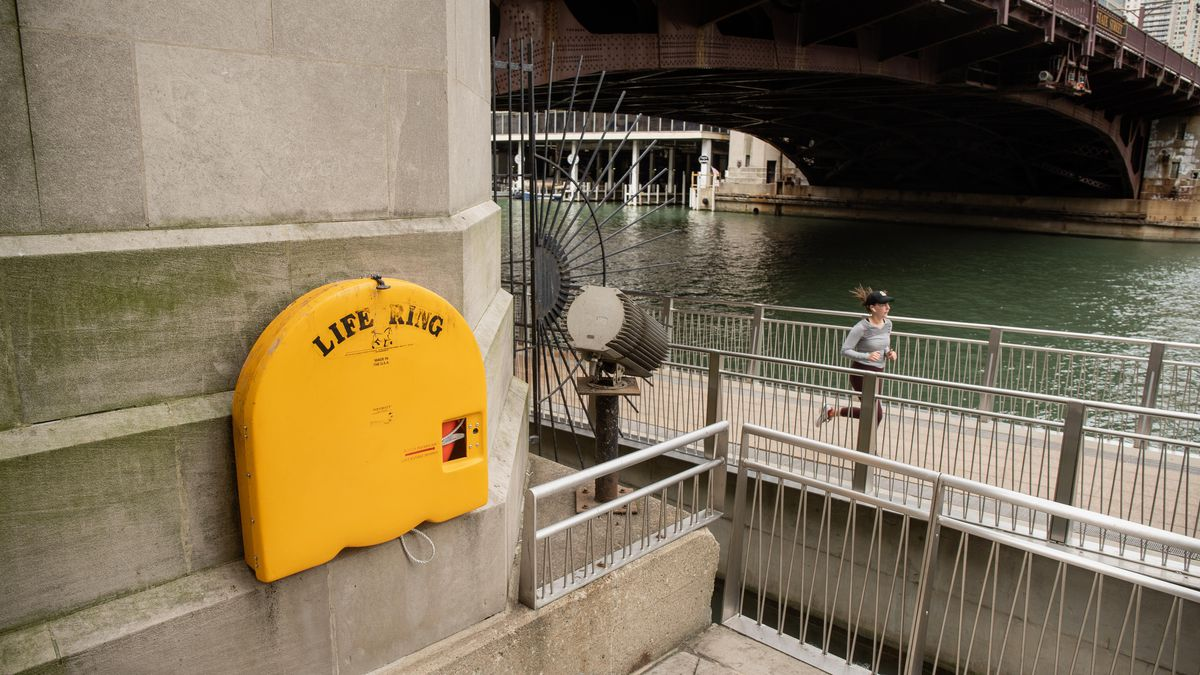 A life ring along the Riverwalk in the Loop. The Chicago Department of Transportation maintains 27 life rings on the Riverwalk, and 135 scattered around branches of the river. The department does not, however, track how, or how often, they are used. They do know about one-fifth of them vanish every year.