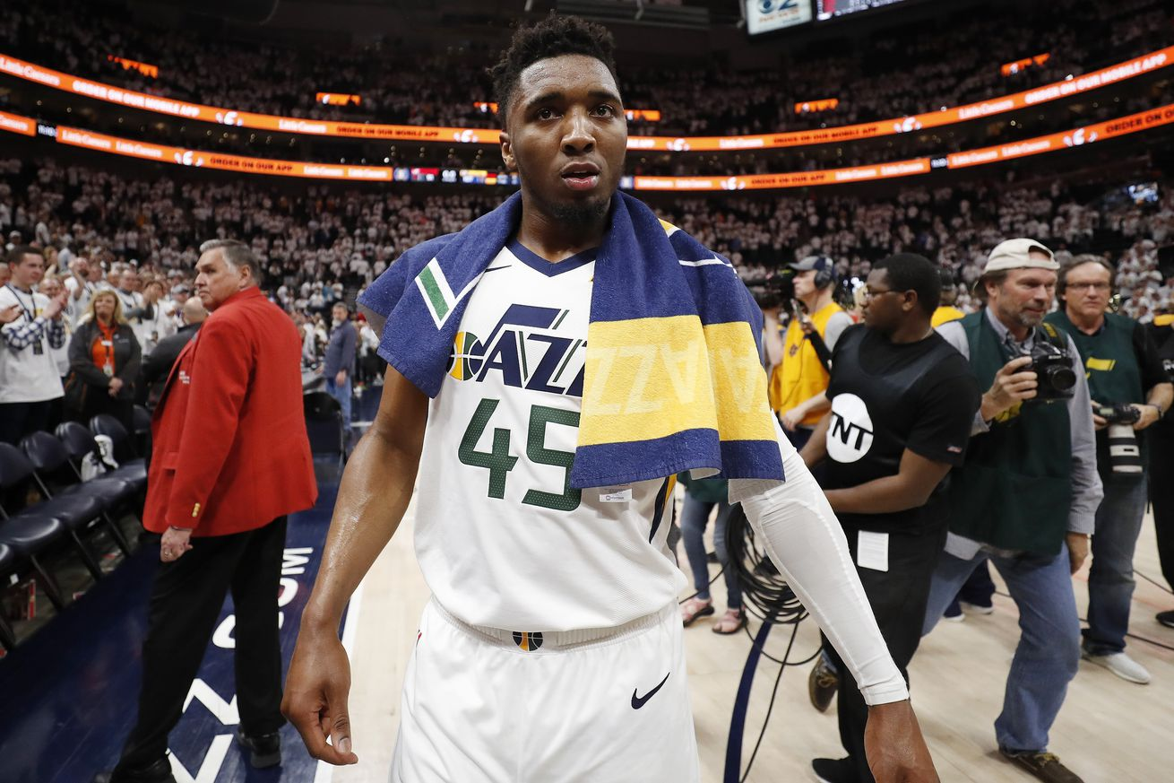 Donovan Mitchell's monster night helps Jazz stave off elimination