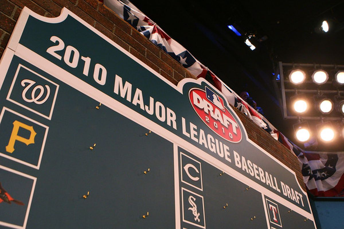 SECAUCUS, NJ - JUNE 07:  The draft board is seen prior to the start of the MLB First Year Player Draft on June 7, 2010 held in Studio 42 at the MLB Network in Secaucus, New Jersey.  (Photo by Mike Stobe/Getty Images)