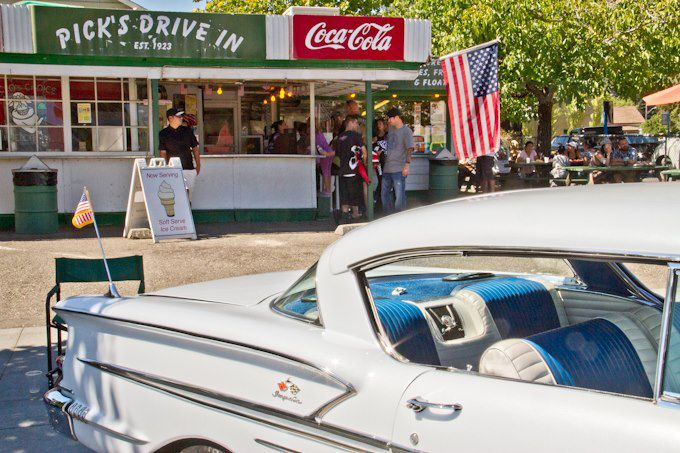 Classic car at Pick's Drive In