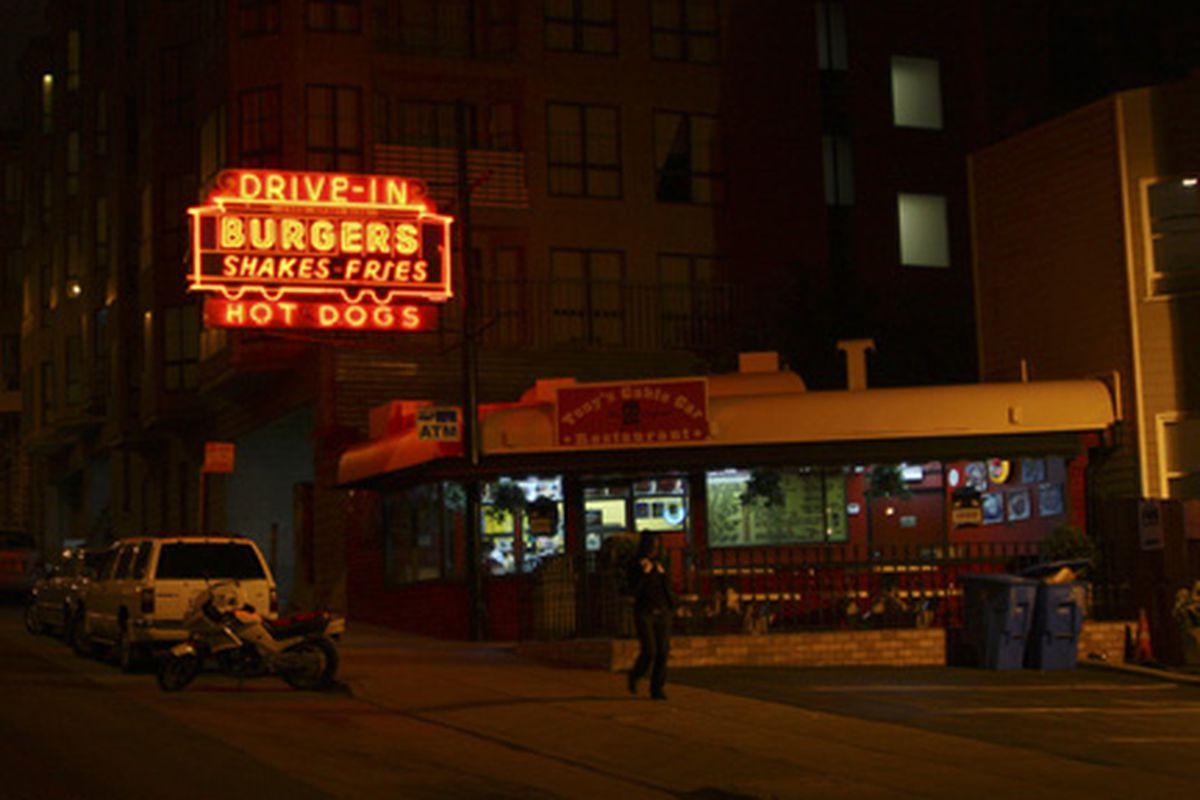 Night lights at Tony's Cable Car.