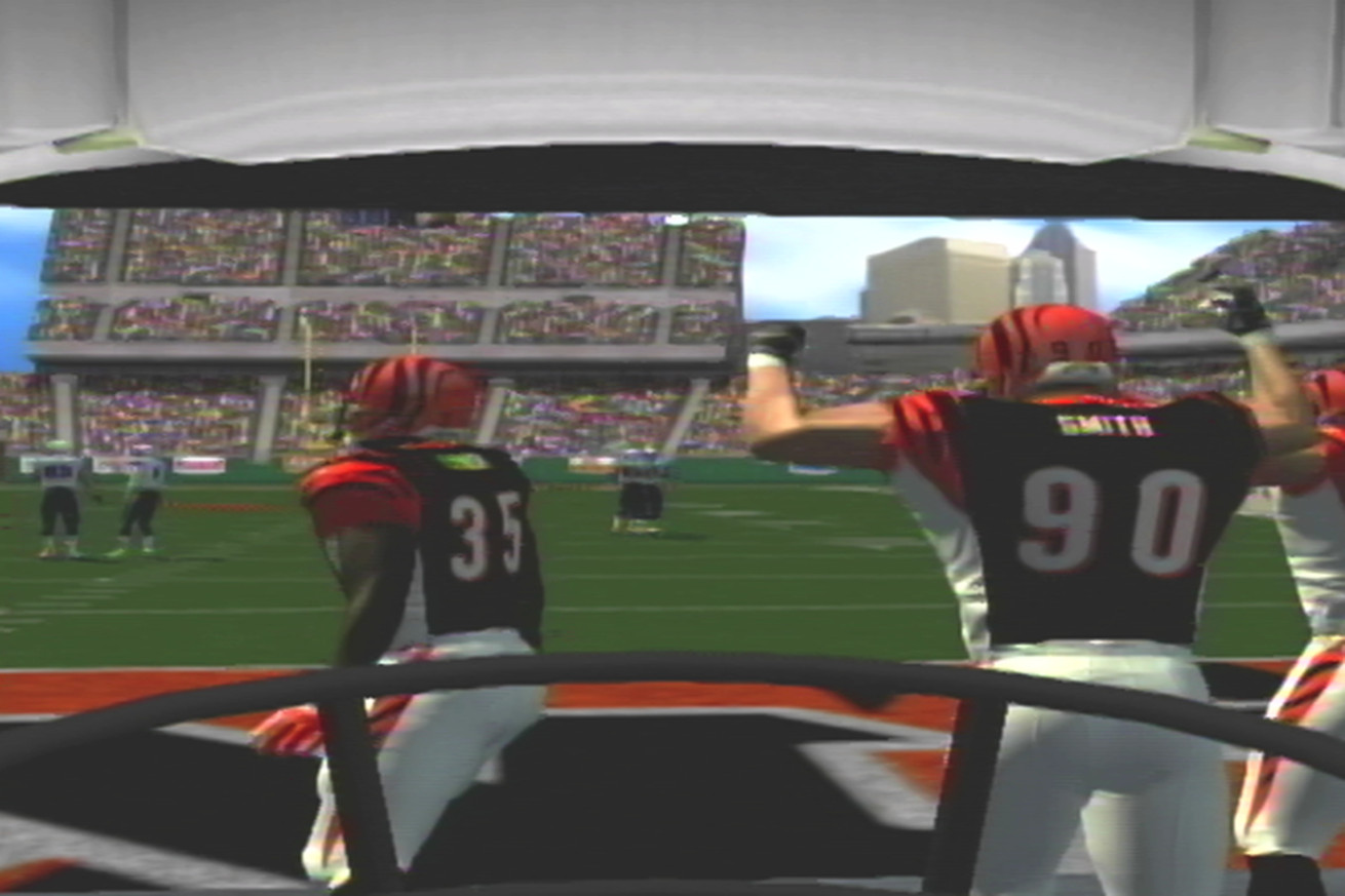 image  2 .0 - Secret Base Reviews: NFL 2K5 First Person Football
