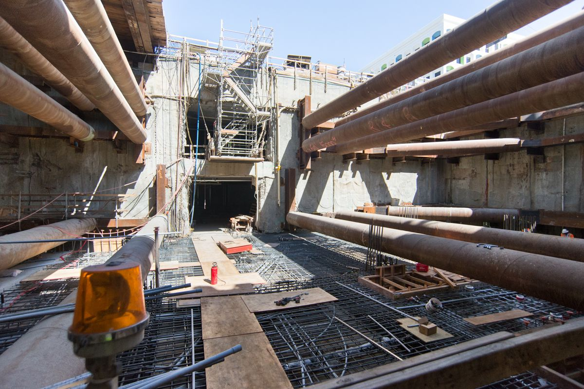 Looking east, the concourse level floor slab's rebar cage takes shape inside the station headhouse.