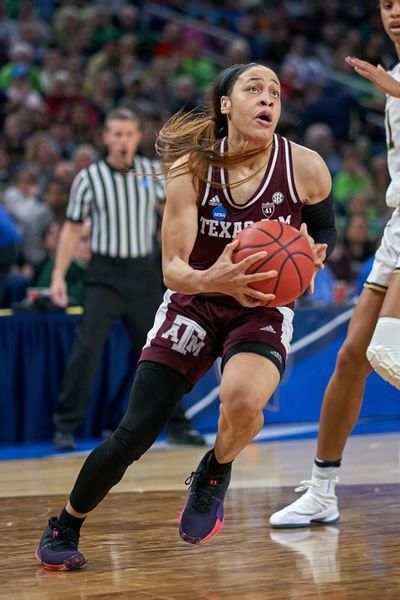 NCAA BASKETBALL: MAR 30 Div I Women's Championship - Third Round - Notre Dame v Texas A&M