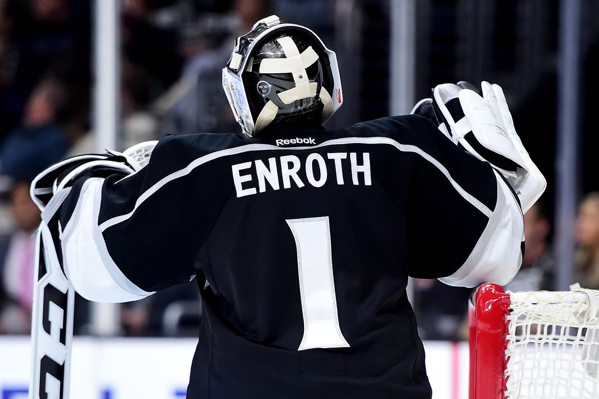 Toronto Maple Leafs sign Jhonas Enroth to one year deal - Pension ... 593626af7