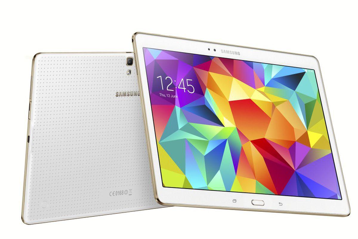 Samsung's Latest Tablet Boasts Sleek Hardware, Confusing Software