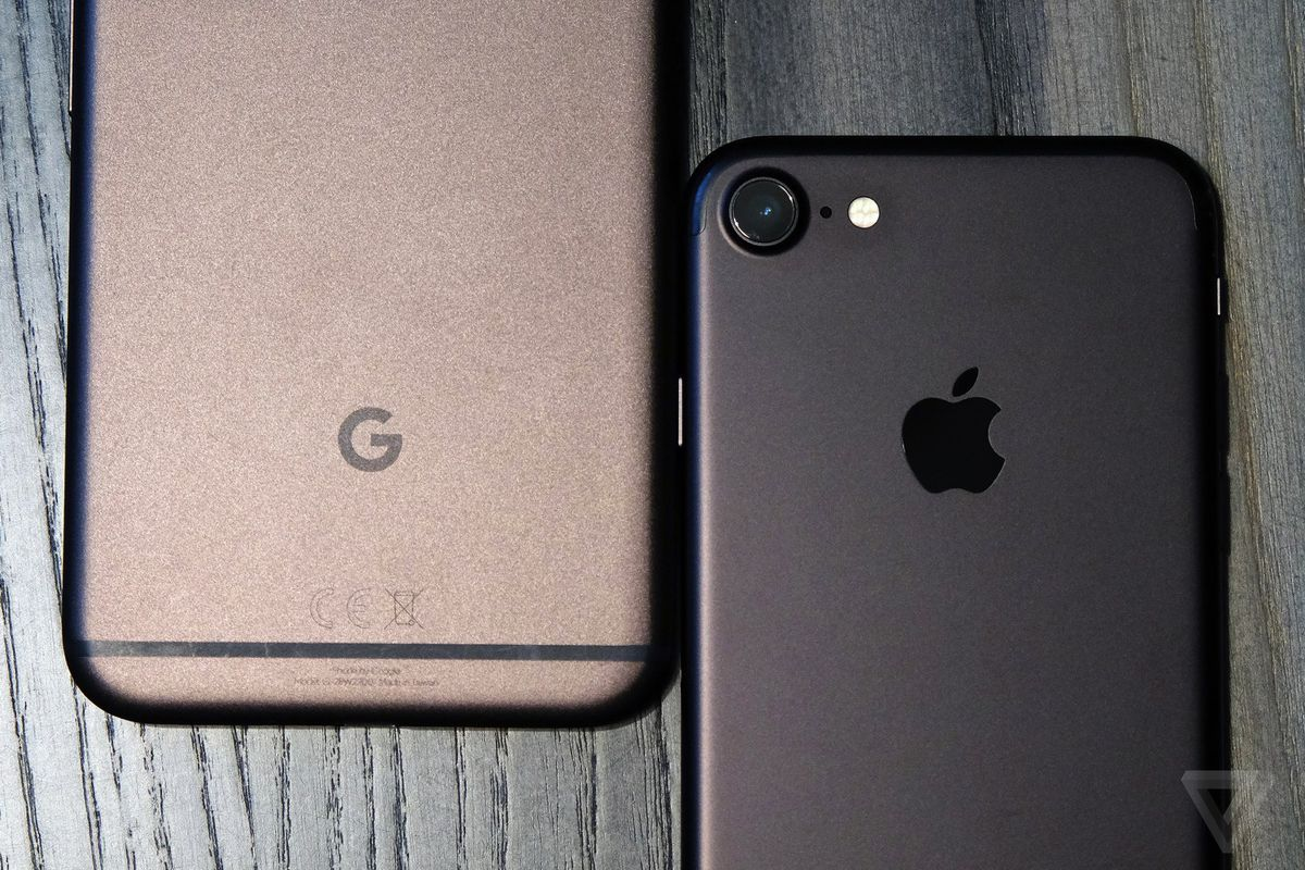 google pixel and iphone 7