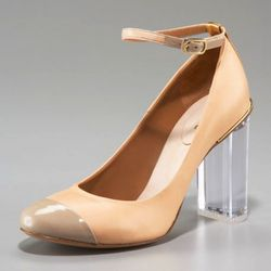 """The captoe and nude/peachy color elevator these Chloes. Available at <a href=""""http://beta.neimanmarcus.com/store/product.jsp?itemId=prod123500475&catId=cat29650767#DESIGNER=142"""" rel=""""nofollow"""">Neiman Marcus</a>"""