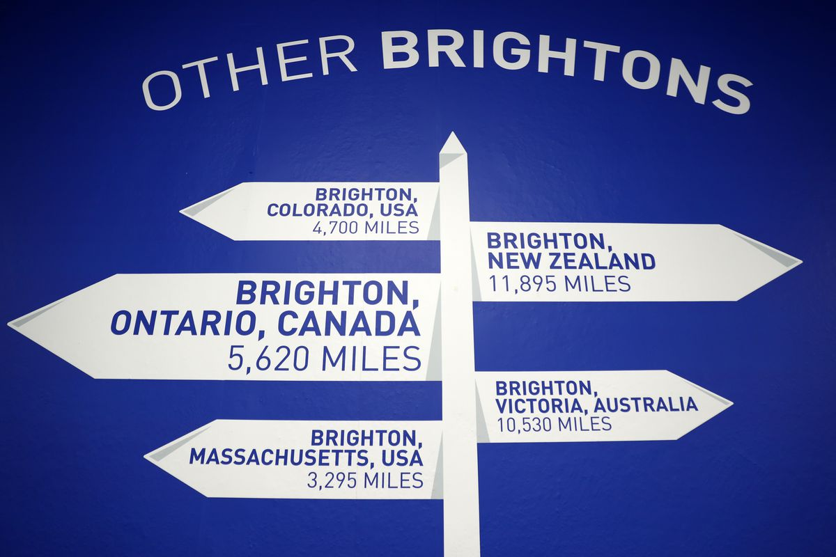 Brighton & Hove Albion v West Ham United - Premier League