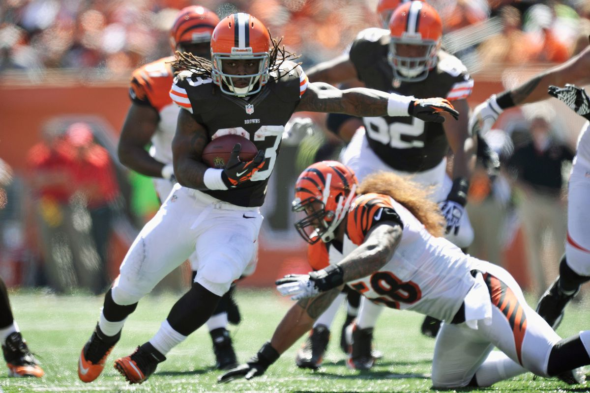 A heavy dose of Trent Richardson will keep the game close.  (Photo by Jamie Sabau/Getty Images)