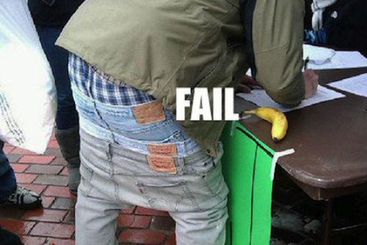 "Image credit: <a href=""http://blog.asiantown.net/-/17190/guys-with-awkward-saggy-pants.aspx"">blog.asiantown.net</a>"